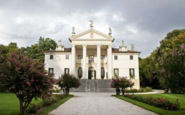 A Villa Sandi c'è Bruno Vespa. Si brinda con il suo prosecco.